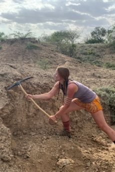 Noelle Purcell using a pick ax at Koobi Fora